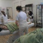 Entspannung pur bei einer Massage im Massagestudio in Zürich: Swiss Beauty Studio.