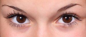 Augenbrauen zupfen lassen in Zürich